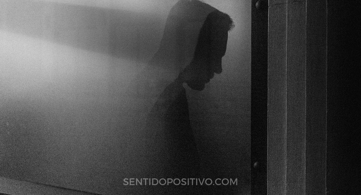 Maltratador psicológico: 4 Comportamientos ocultos que muestra