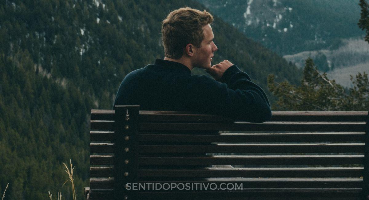 Pensar demasiado: 11 citas para recordar cuando estás pensando demasiado