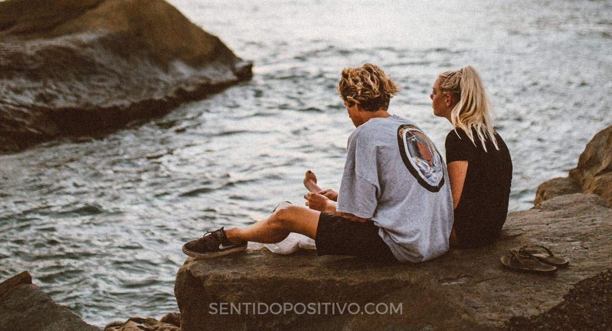 Relación unilateral: 4 Pasos para identificar si tu relación es unilateral