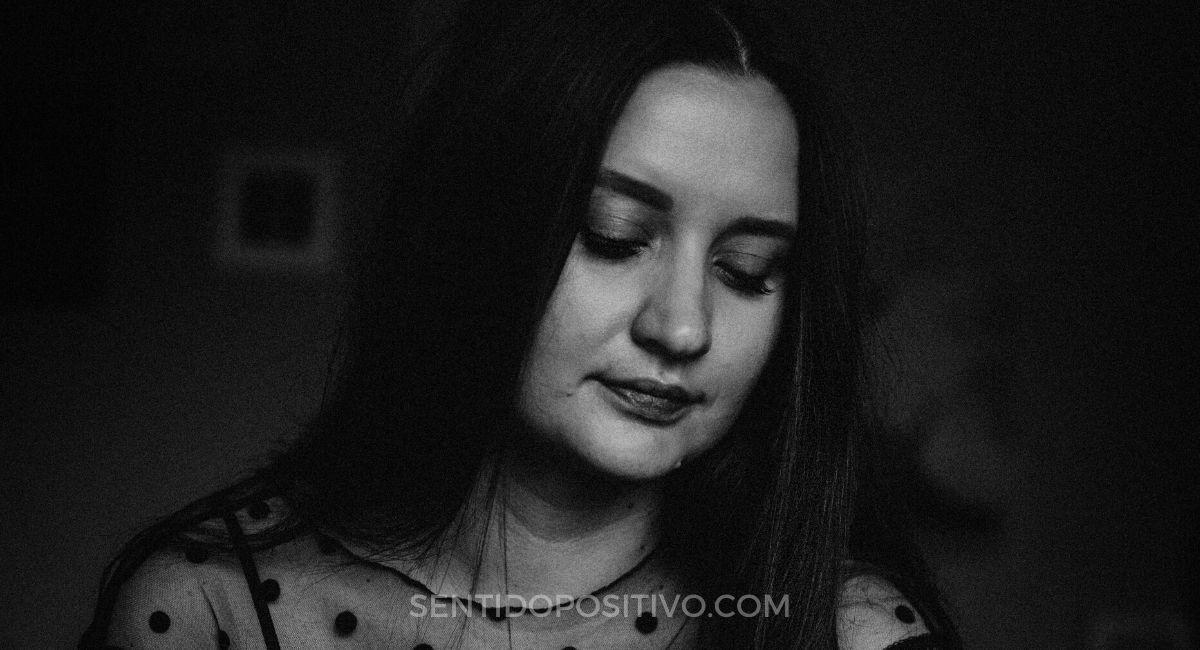 Trauma emocional: 8 Comportamientos de alguien que sufre de trauma emocional