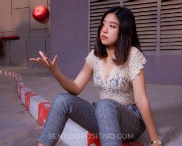 El poder de las palabras: Así es como una maestra usa manzanas para mostrar cómo las palabras pueden lastimar