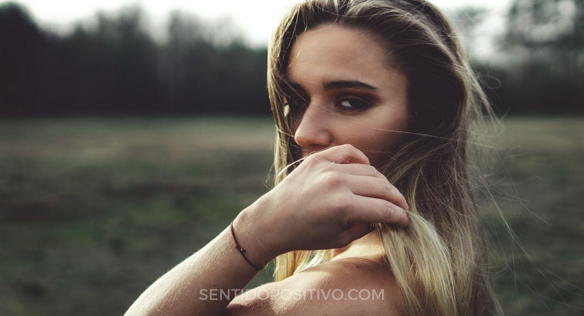 Perdonarse: Así es como puedes perdónate a ti misma por las veces que olvidaste tu valor