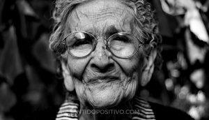 Vivir 100 años: 5 secretos de personas que han vivido hasta los 100 años