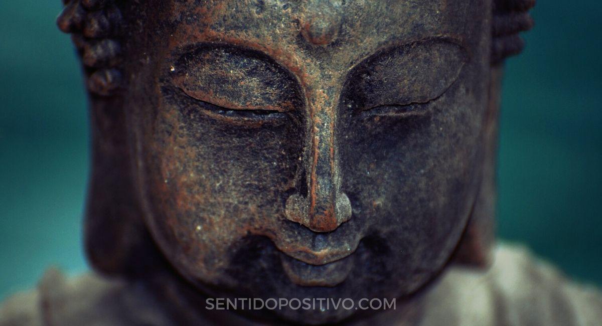 Monjes budistas: 10 Hábitos difíciles de adoptar, pero que cambian la vida cuando lo haces
