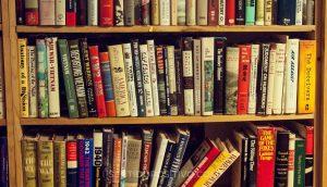Tsundoku: Por qué debes tener más libros de los que puedes leer